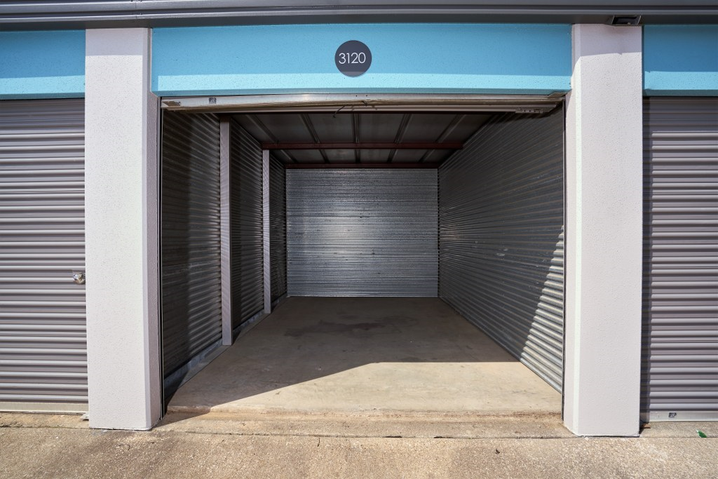 Drive Up Self Storage Units with Roll Up Doors